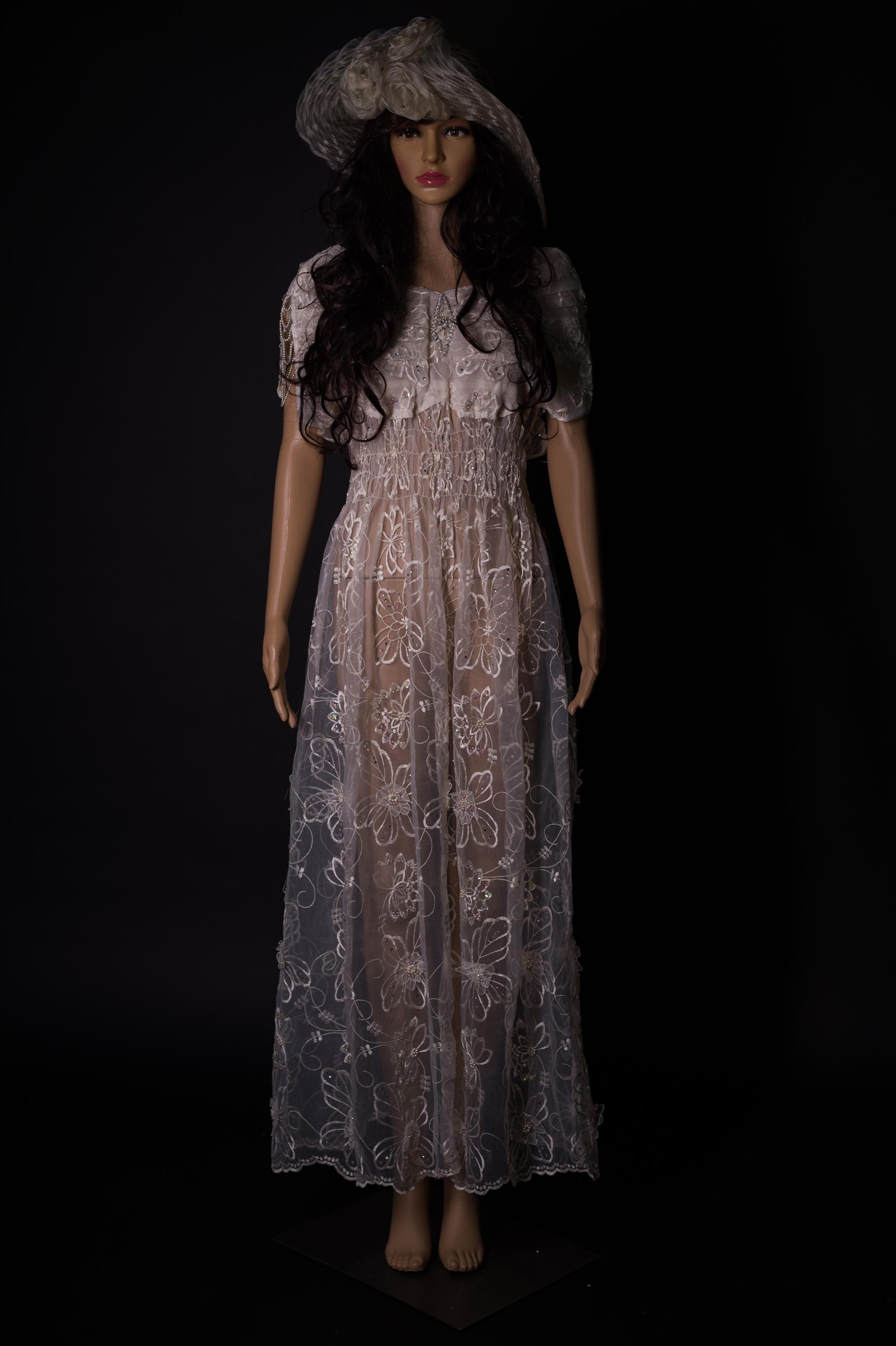 Weisses Kleid tranaparent